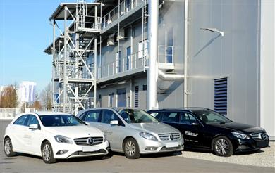 Cars from the Mercedes-Benz fleet at Clariant's sunliquid® demonstration plant producing cellulosic ethanol from agricultural residues. <br>(Photos: Clariant/Rötzer.)