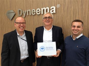 From left to right – Orlando Ramakers, sales manager DSM Dyneema, Juliusz Szewczyk, CEO JS Gloves and Piotr Gutkowski, export manager JS Gloves.