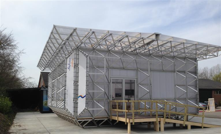 Icehouse Building Using Sabic S Lexan Sheet Signifies