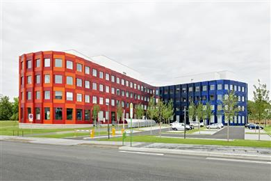 Clariant's Sanodal® dyes used for outdoor architectural applications at the Biomedical Research Centre Seltersberg of the Justus-Liebig University Giessen, Germany. <br>(Photo: Clariant)