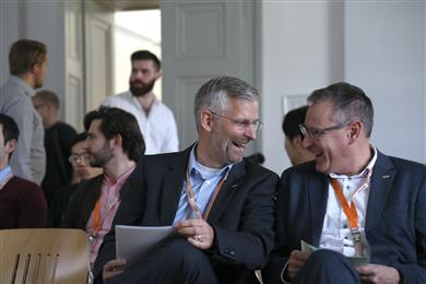 Mondi's Rene Stadler, Head of Energy Procurement (left), and Leo Arpa, Head of R&D Paper, were among the Mondi experts who laid the groundwork for the Speed Data Hackathon with presentations on how the packaging and paper group uses data in, for example, sustainability, production, energy and HR.