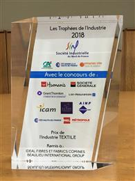 Idéal Fibres & Fabrics Comines (IFFC) receives Textile Industry Award.<br>(Photo: © Beaulieu International Group)